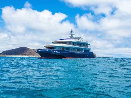Camilia-Trimaran-Galapagos